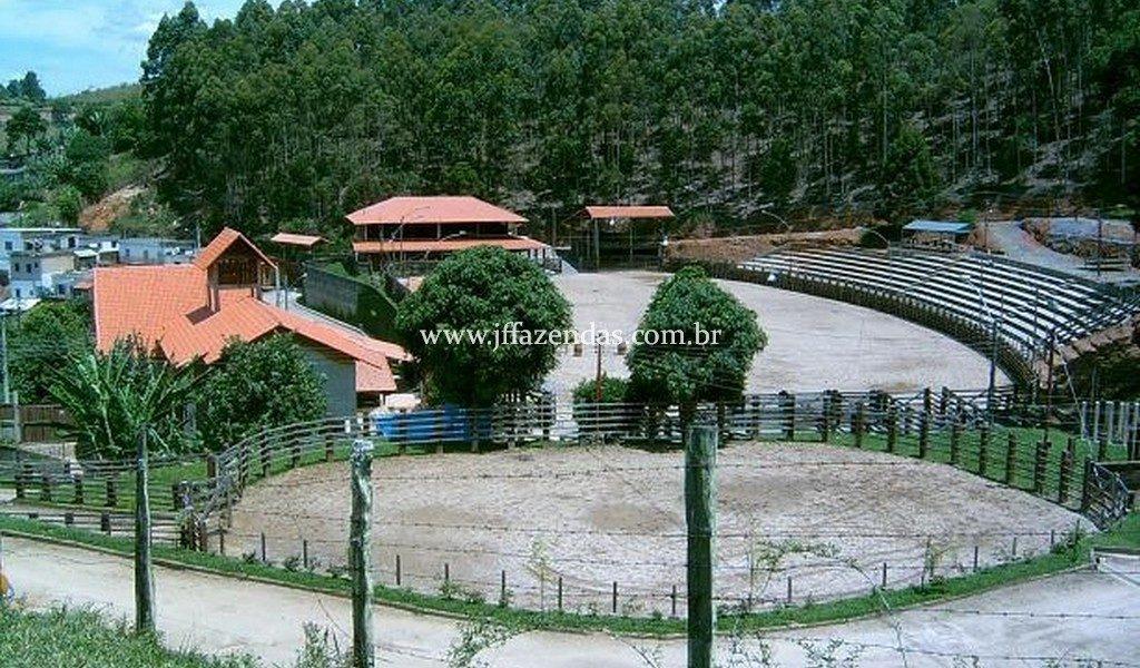 Sítio/Haras/Rancho em Chácara/MG – 30 hectares
