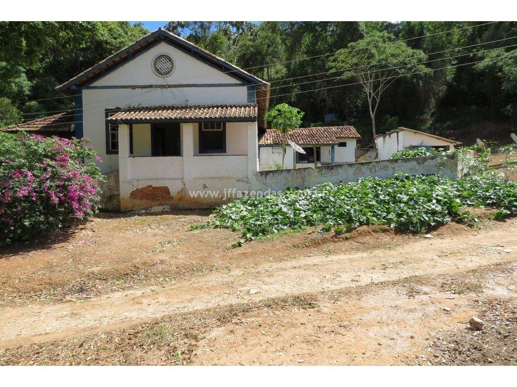 Fazenda em Pequeri – MG – 1466.52 hectares