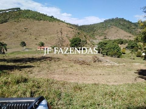 Fazenda em Belmiro Braga – MG – 307 hectares